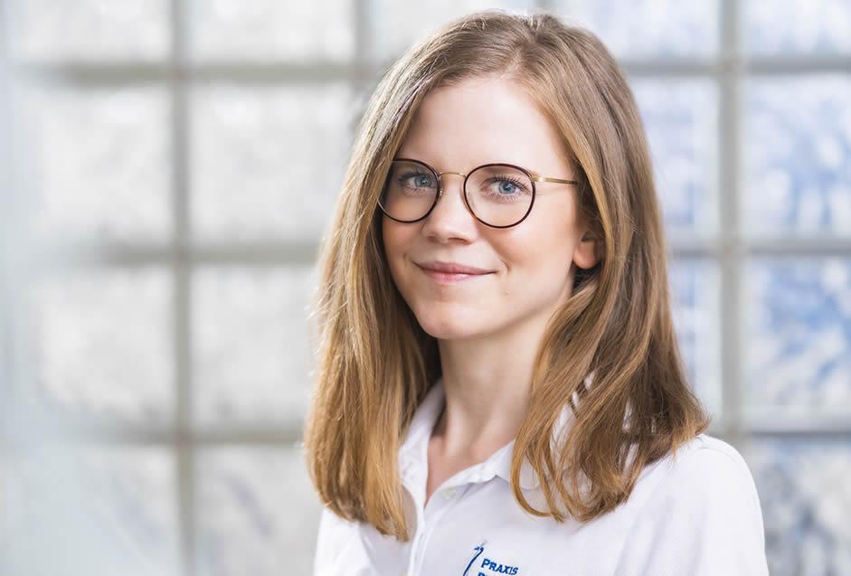 Zahnärztin Sabrina Viola Knopp, Praxis Dr. Anschütz